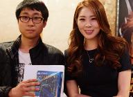 인플레이인터렉티브, 스포테이너 신수지와 함께한 '인저스티스2' 출시기념 팬 사인회 성황리에 종료